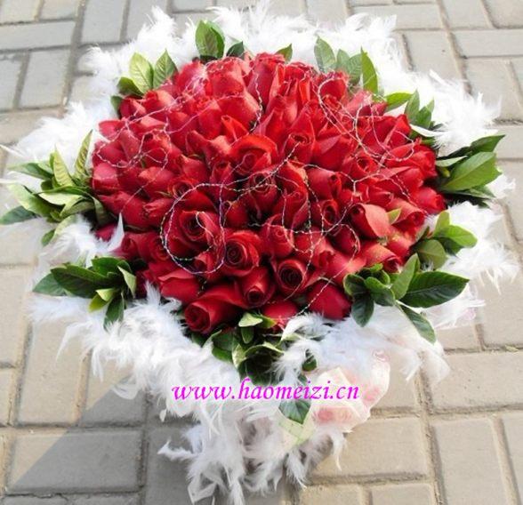 开封99朵玫瑰实物秀 在你孤独,悲伤的日子里,请你悄悄念念我的名字