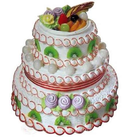三层圆形蛋糕